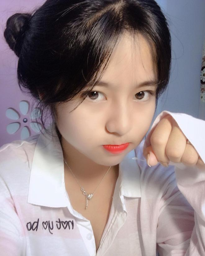 Nhan sắc ảo tung chảo của hot girl tik tok Hường Bear đang xôn xao với tin đồn lộ clip nóng 20 phút-7