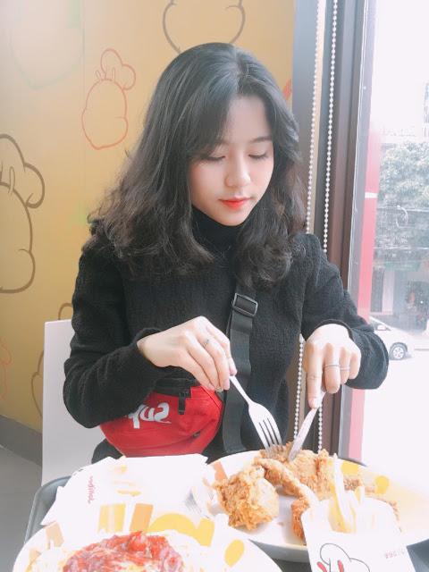 Nhan sắc ảo tung chảo của hot girl tik tok Hường Bear đang xôn xao với tin đồn lộ clip nóng 20 phút-8