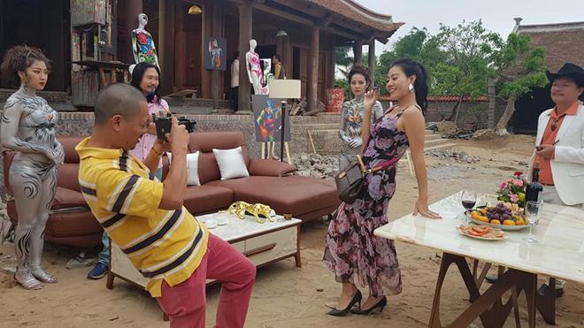 Quang Tèo và mẫu nude body painting gây phản cảm trong hài Tết: Sự thật ngã ngửa-3