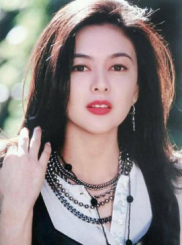 Nhan sắc minh tinh tuổi U60 được bầu chọn đẹp nhất Trung Quốc-1