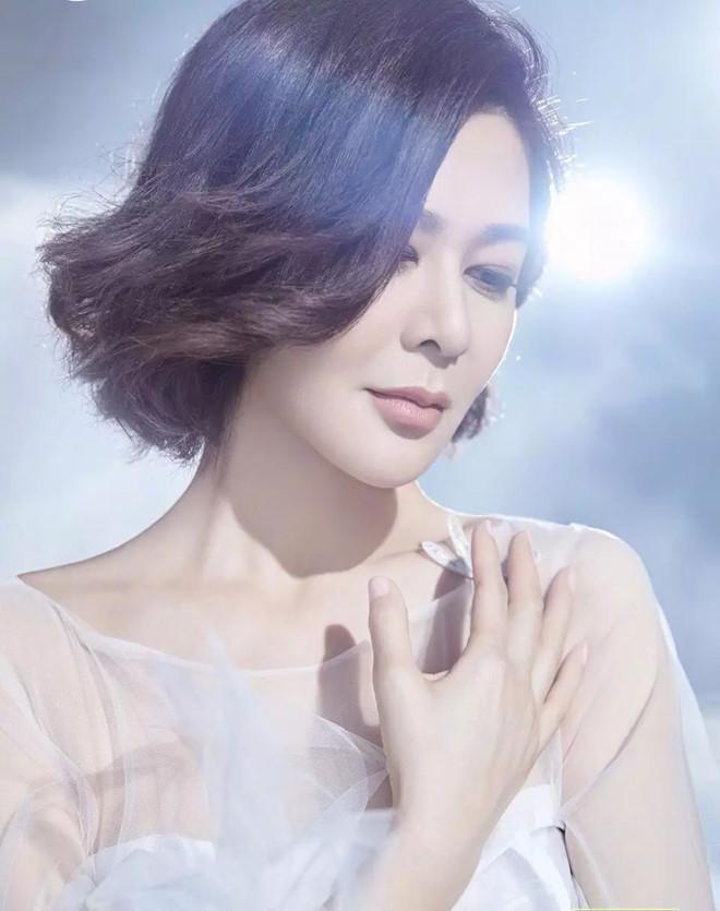 Nhan sắc minh tinh tuổi U60 được bầu chọn đẹp nhất Trung Quốc-5