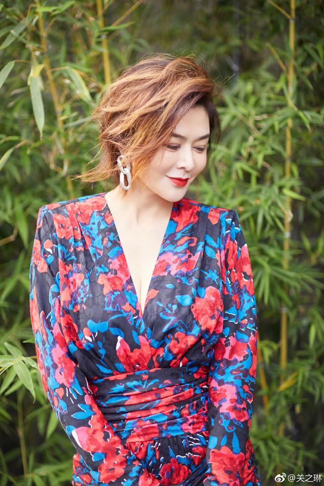Nhan sắc minh tinh tuổi U60 được bầu chọn đẹp nhất Trung Quốc-7
