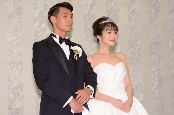 Nhan sắc cô vợ xinh đẹp từng là mẫu nội y của hậu vệ ĐT Nhật Bản sẽ đối đầu Việt Nam ở tứ kết Asian Cup-1