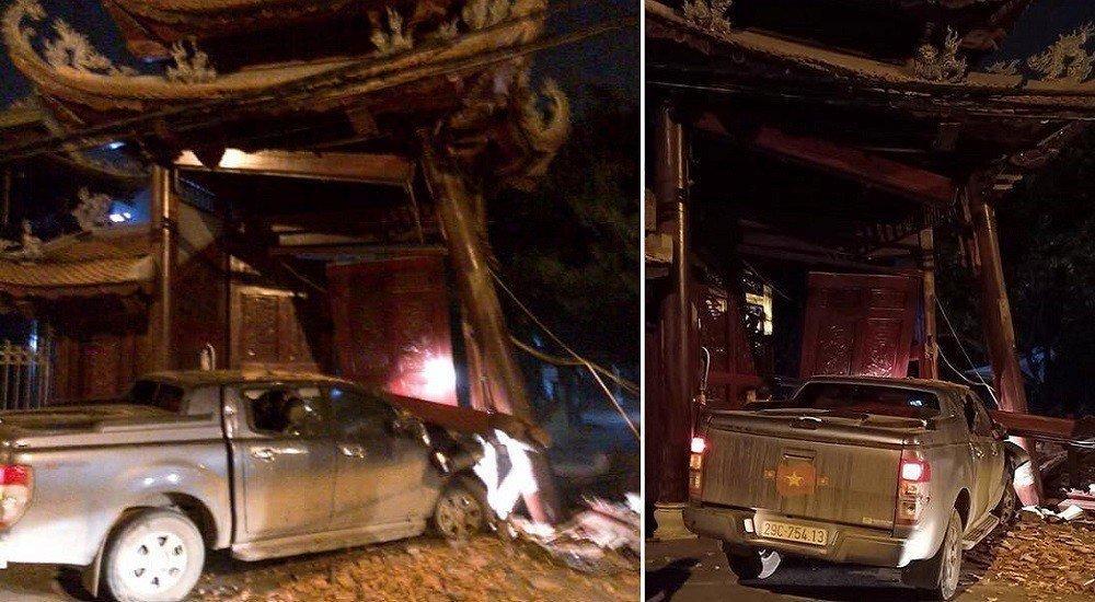 Hà Nội: Tài xế say rượu tông sập cổng chùa ở Hà Đông-1