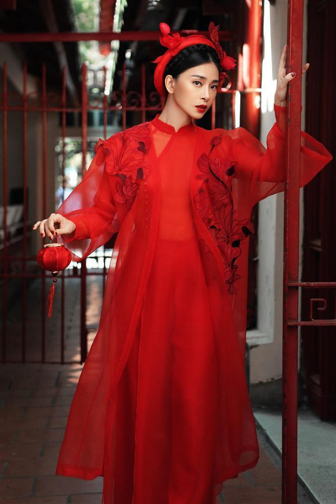 Hàng loạt mỹ nhân lên đồ với áo dài cách tân: Mai Phương và Bích Phương dịu dàng; Ngô Thanh Vân, Quỳnh Chi ma mị-2