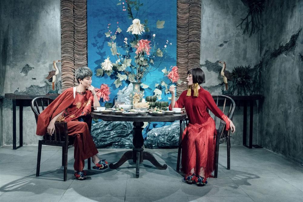 Hàng loạt mỹ nhân lên đồ với áo dài cách tân: Mai Phương và Bích Phương dịu dàng; Ngô Thanh Vân, Quỳnh Chi ma mị-15