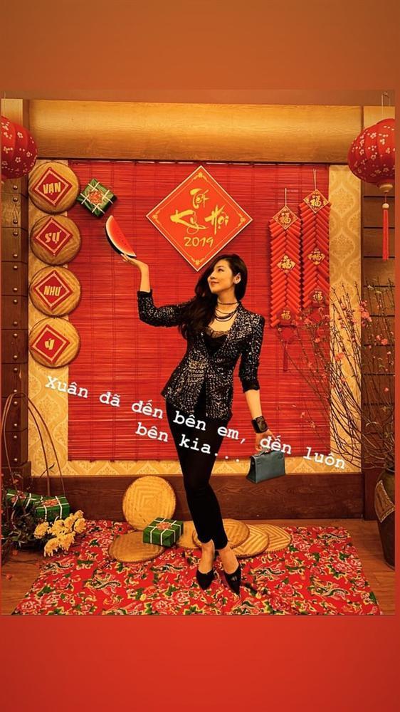 Đẳng cấp như Sơn Tùng M-TP và Minh Hằng, khoe street style mà toàn đồ hiệu trị giá hàng trăm triệu-9