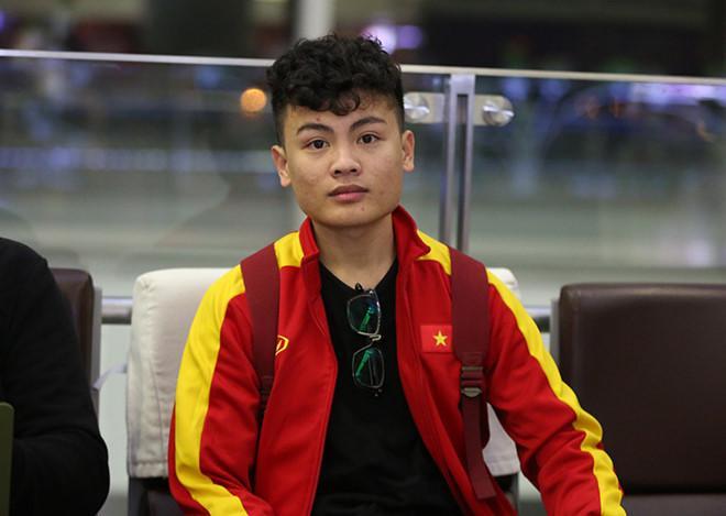 Anh trai Quang Hải có vẻ ngoài nam tính, làm thợ xăm ở Hà Nội-2