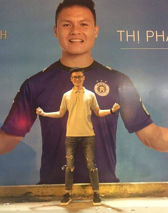 Anh trai Quang Hải có vẻ ngoài nam tính, làm thợ xăm ở Hà Nội-8