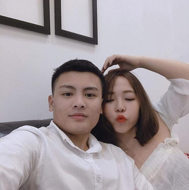 Anh trai Quang Hải có vẻ ngoài nam tính, làm thợ xăm ở Hà Nội-10