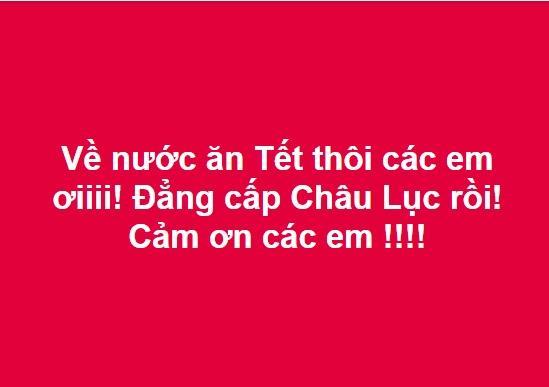 Tuyển Việt Nam dừng chân ở tứ kết, nam thanh niên trùm Quốc kỳ khóc thâu đêm ngoài trời lạnh-4