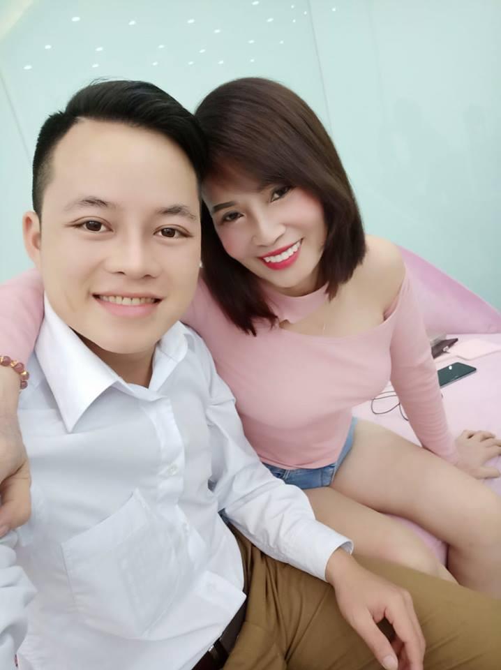 Livestream đòi nick Facebook khủng bị chiếm, cô dâu Cao Bằng 62 tuổi lộ chuyện cãi cọ khiến chồng trẻ bỏ về cầu cứu mẹ đẻ-2