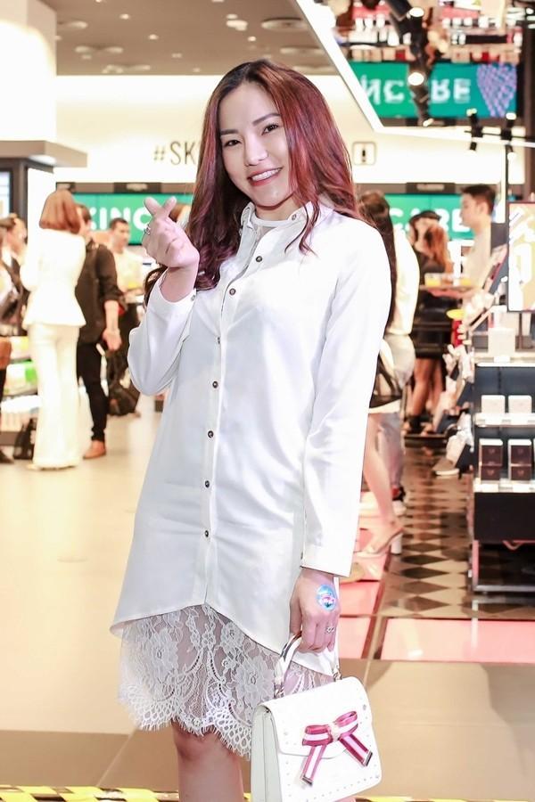 Biến hàng hiệu thành đồ đại hạ giá, Phượng Chanel liên tiếp lập kỷ lục đứng đầu TOP SAO MẶC XẤU-4