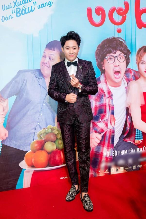 Dát hàng hiệu trị giá 3,5 tỷ đồng, Trấn Thành - Hari Won chiếm trọn spotlight thảm đỏ tuần qua-7