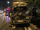 TP HCM: Ô tô tải húc đuôi xe container, 1 người chết