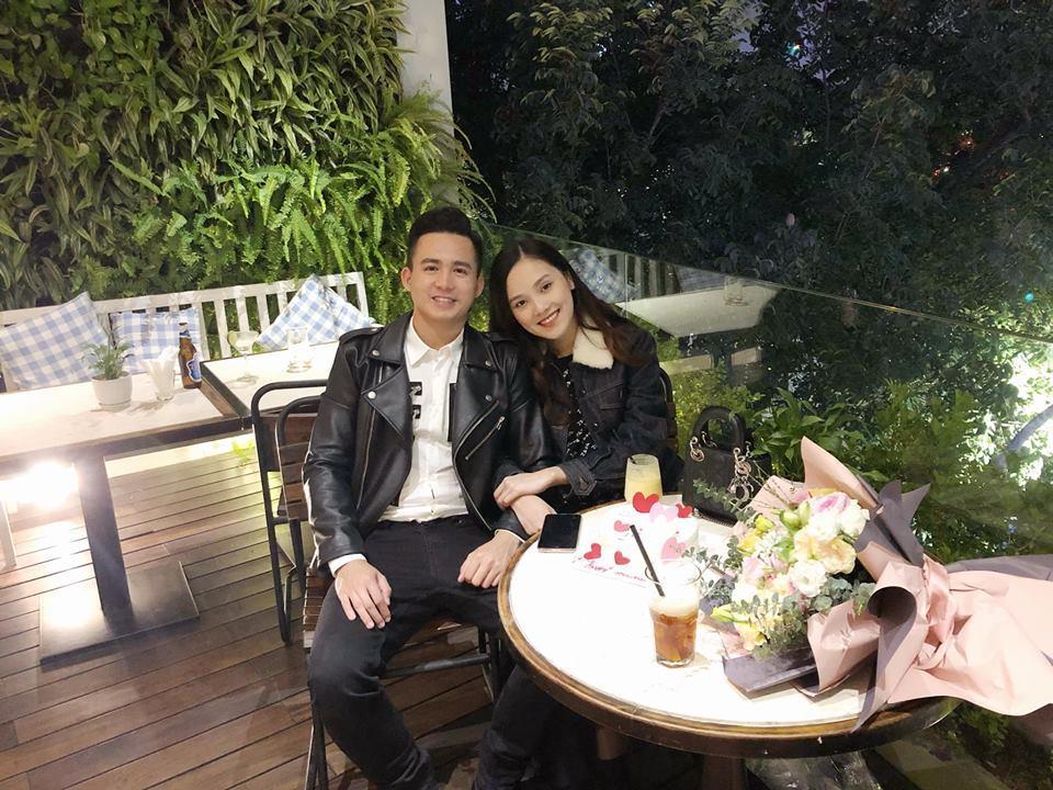 Top 10 Hoa hậu Việt Nam Tố Như khoe bụng bầu vượt mặt, khóa môi ông xã hotboy ngọt ngào-2