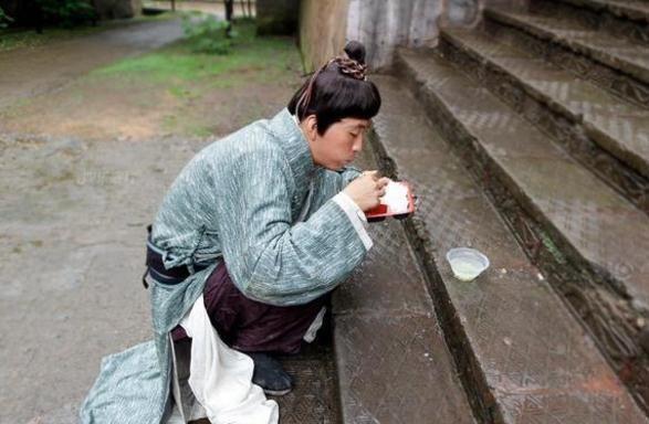 Cảnh tủi nhục, lương bèo bọt của diễn viên quần chúng ở Trung Quốc-6