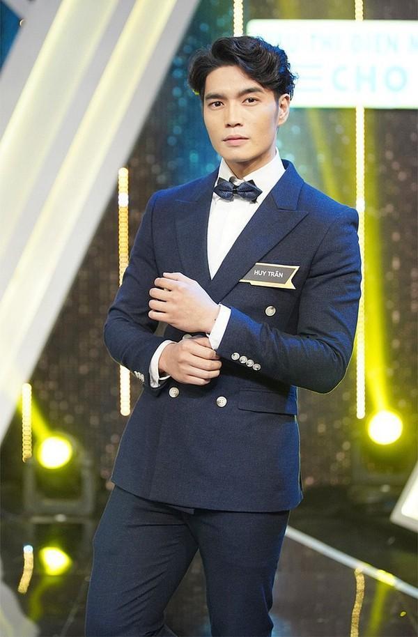 Chàng trai bị HH Hương Giang từ chối khi cầu hôn trên sóng truyền hình: Tôi nói bằng trái tim không phải dàn dựng-2