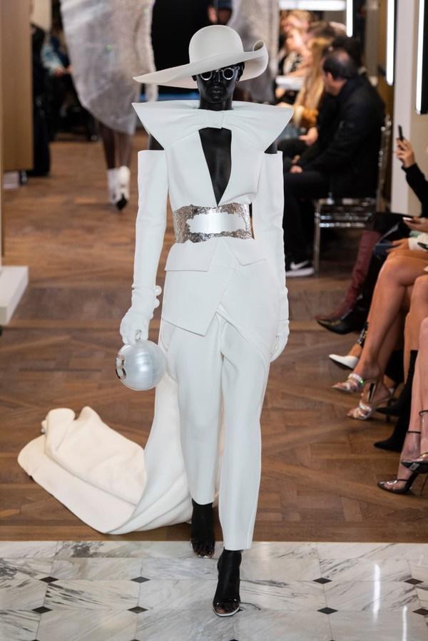 Những thiết kế với nguồn cảm hứng từ ca sĩ Lady Gaga của nhà mốt Balmain-3
