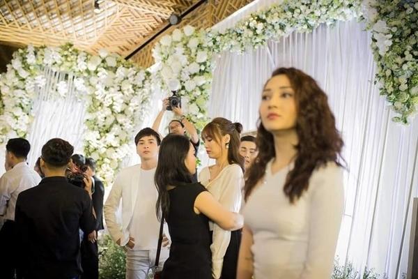 Bảo Anh - Hồ Quang Hiếu lộ ảnh thân thiết, fans đồng loạt lên tiếng: Quay lại với nhau đi anh chị ơi-2