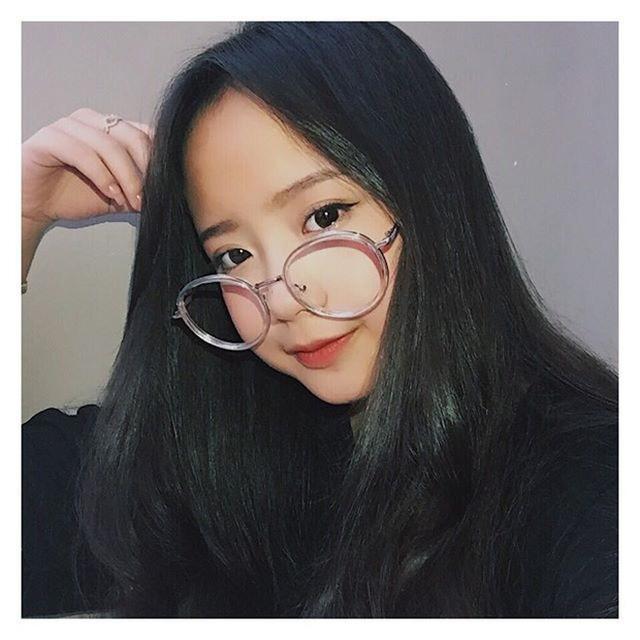 Nữ sinh Việt khiến dân mạng và truyền thông Trung Quốc phát cuồng vì bức ảnh mặc áo dài với mái tóc mây siêu đẹp-4