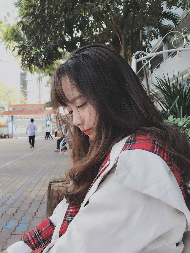 Nữ sinh Việt khiến dân mạng và truyền thông Trung Quốc phát cuồng vì bức ảnh mặc áo dài với mái tóc mây siêu đẹp-5