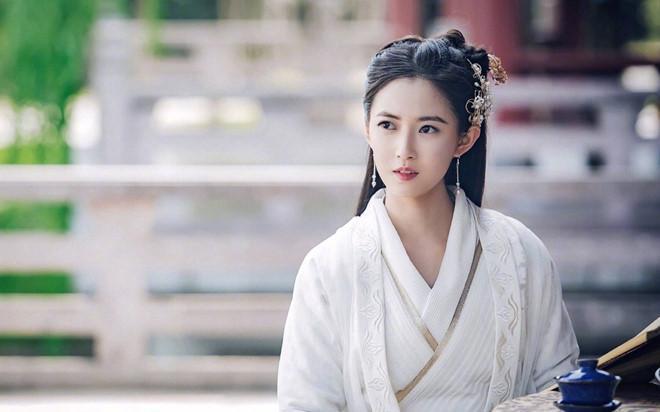 Hai nữ chính 9X và dàn diễn viên xinh đẹp của Tân Ỷ Thiên Đồ Long ký-3