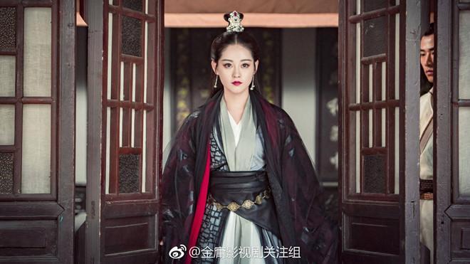 Hai nữ chính 9X và dàn diễn viên xinh đẹp của Tân Ỷ Thiên Đồ Long ký-5