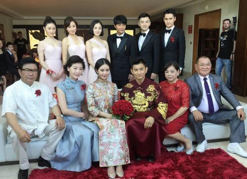 Những bà mẹ trẻ đẹp ăn đứt con gái của mỹ nhân Hoa ngữ-9