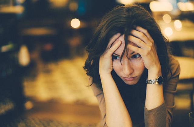 Nỗi khổ của người vợ giấu giếm bố mẹ chồng biếu thêm tiền Tết cho bố mẹ đẻ-1