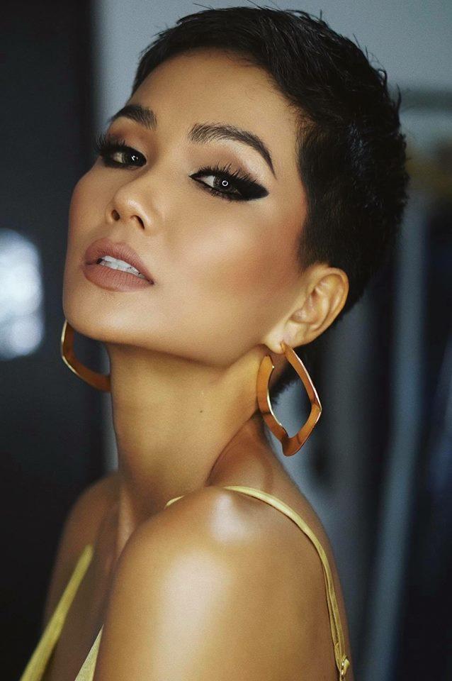 KỶ LỤC VÔ TIỀN KHOÁNG HẬU: HHen Niê chính thức trở thành Hoa hậu đẹp nhất thế giới 2018-6
