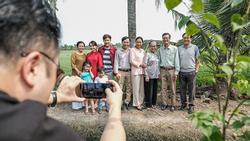Hậu trường 'Đem yêu thương về đón Tết' quay bằng smartphone Huawei