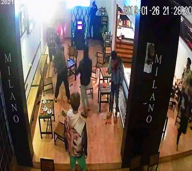 6 thanh niên bị truy sát trong quán cà phê: Lời kể của người trong cuộc-2