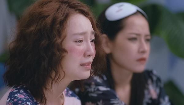 Chi Pu bất lực nhìn Lan Ngọc khóc lóc vì lụy tình trong tập 8 Mối Tình Đầu Của Tôi-2