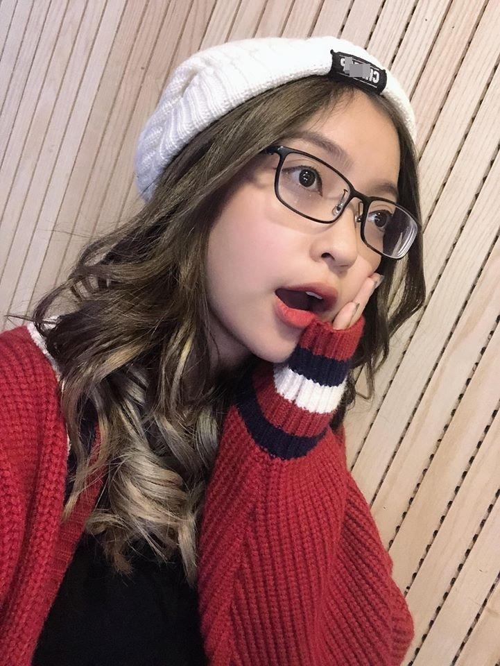 Bạn gái Quang Hải: Quá nhiều fan nữ nhắn tin cho bạn trai tôi-6