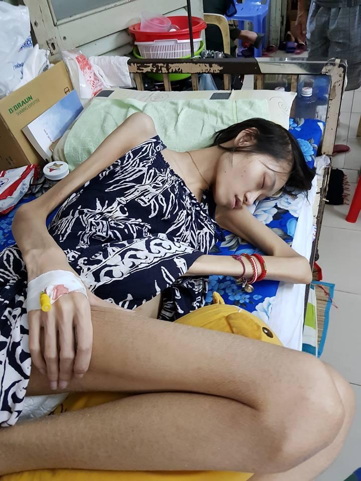 Xót xa số phận người mẫu Kim Anh: Qua đời sau sinh nhật 3 ngày, cơ thể chỉ còn da bọc xương chẳng kịp đón Tết-3