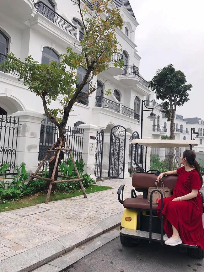 Kém gì vợ cũ Hằng Túi, em trai ca sĩ Đăng Khôi cũng khoe nhà đẹp mới tậu chuẩn bị đón năm mới-10