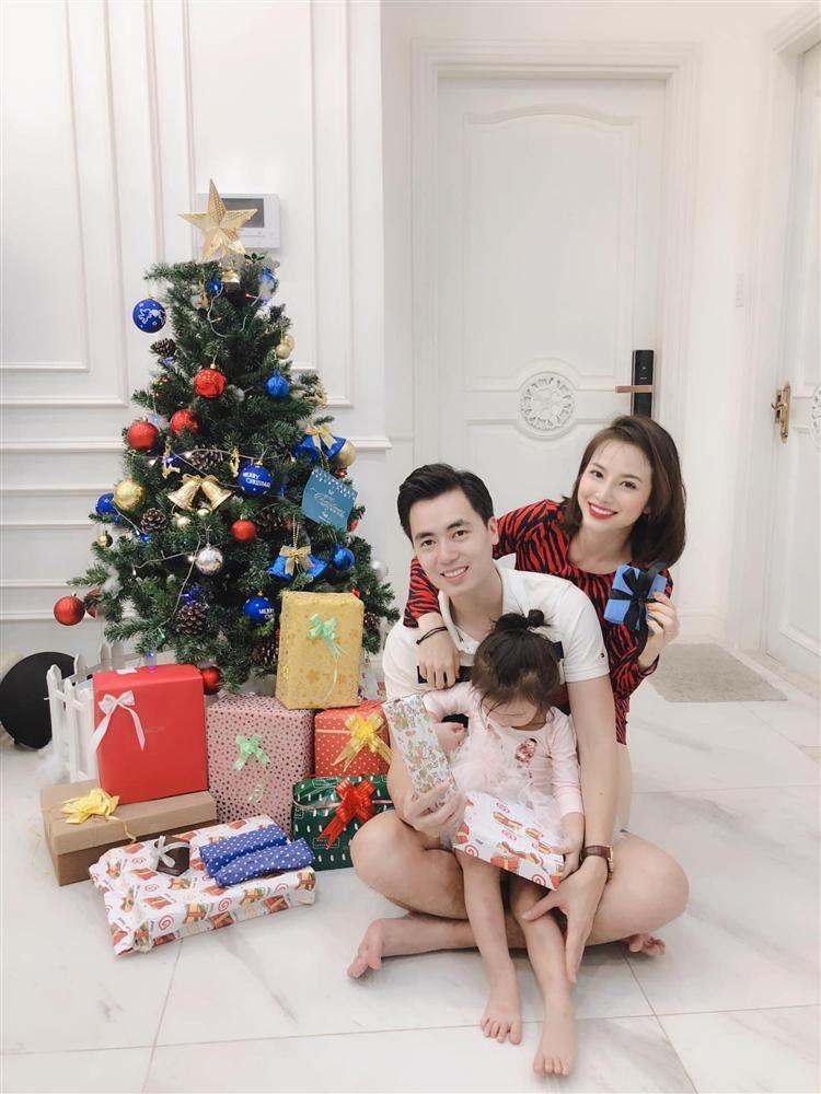 Kém gì vợ cũ Hằng Túi, em trai ca sĩ Đăng Khôi cũng khoe nhà đẹp mới tậu chuẩn bị đón năm mới-6