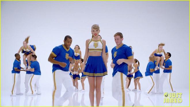 Sao Black Panther vượt qua nỗi cô đơn nhờ hit khủng của Taylor Swift-2