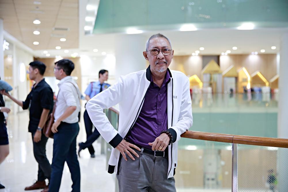 Sau chuỗi ngày chống chọi với căn bệnh ung thư, diễn viên Lê Bình xuất hiện khỏe mạnh tại sự kiện ra mắt phim Táo quậy-2
