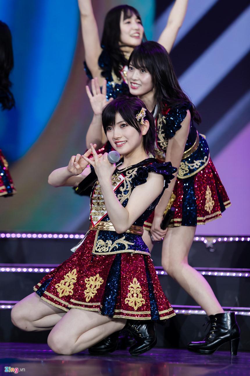 Nét đẹp tươi mới của hot girl 9X, 10X từ nhóm nhạc độc nhất thế giới-9
