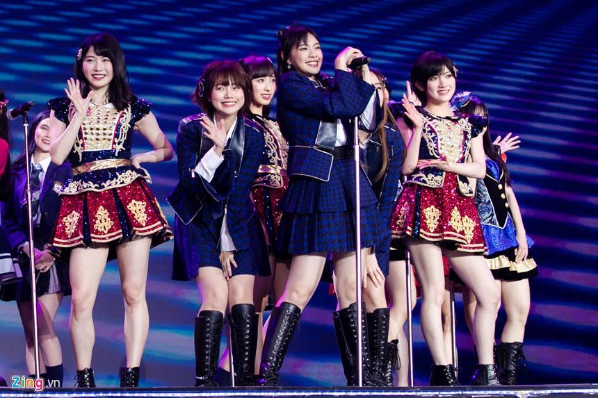 Nét đẹp tươi mới của hot girl 9X, 10X từ nhóm nhạc độc nhất thế giới-8