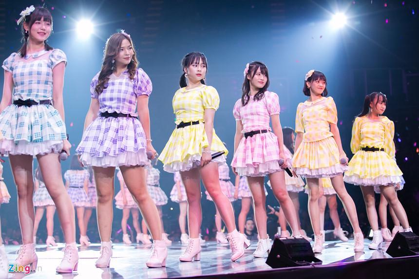 Nét đẹp tươi mới của hot girl 9X, 10X từ nhóm nhạc độc nhất thế giới-11