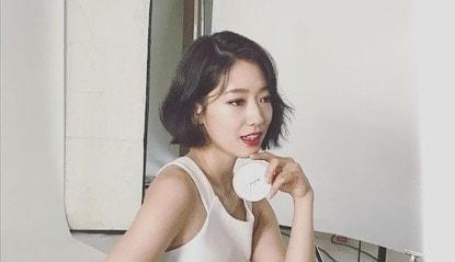 Park Shin Hye gây shock khi cắt phăng mái tóc dài gây thương nhớ-2