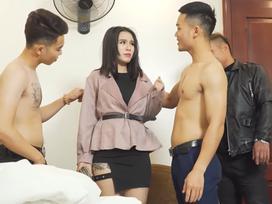 Linh Miu gây sốc khi công khai cảnh nóng một mình với 3 nam diễn viên