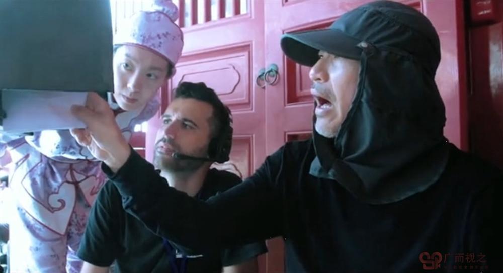 Tân vua hài kịch: Phim hài của Châu Tinh Trì gây cười ra nước mắt-2