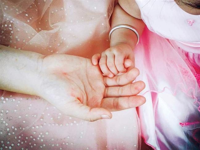 Gửi những người mẹ đơn thân: Tết này phải thật mạnh mẽ!-1