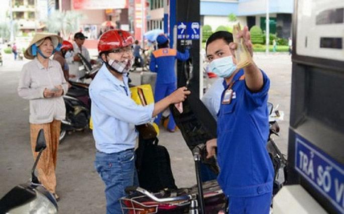 Giá xăng dầu giữ nguyên dịp Tết Nguyên đán-1