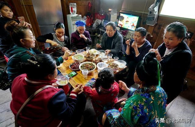 Món khai vị kinh khủng nhất Trung Quốc, đến người bản địa cũng không dám ăn-1