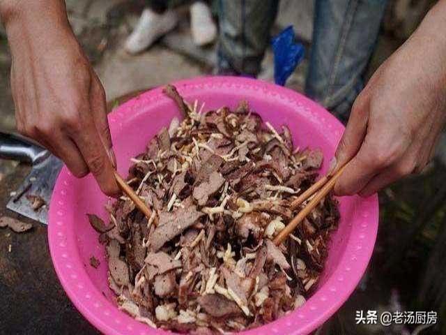 Món khai vị kinh khủng nhất Trung Quốc, đến người bản địa cũng không dám ăn-2